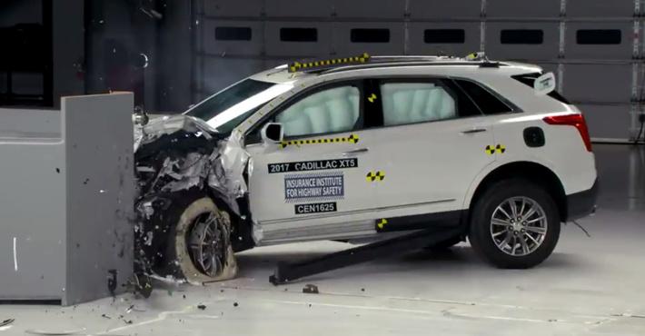 Кадилак XT5 получил высший рейтинг безопасности