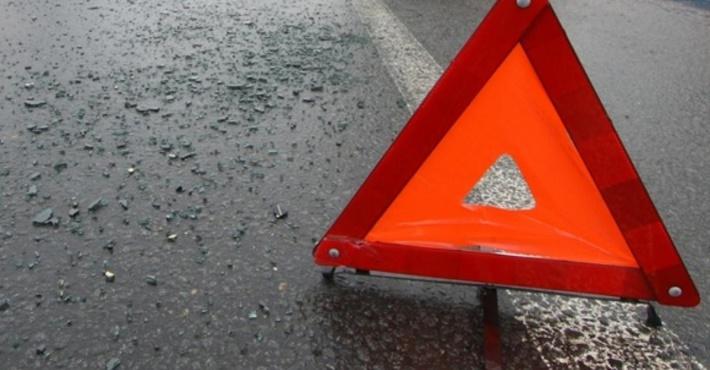 Двое взрослых иребенок погибли вДТП натрассе Екатеринбург