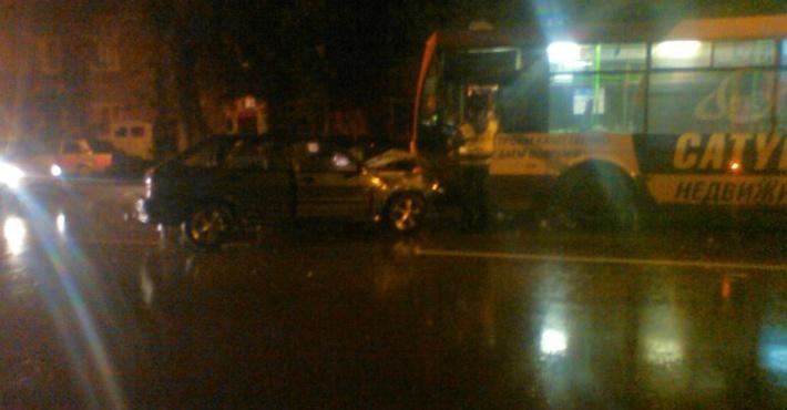 ВПерми при столкновении ВАЗа итроллейбуса пострадал 6-летний ребёнок