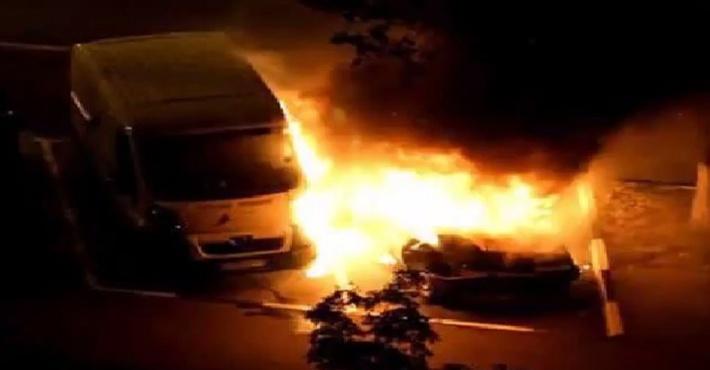 Ferrari сгорел в Москве