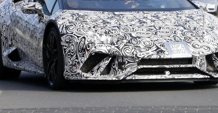 Lamborghini в текущем году представит открытую версию Huracan Performante