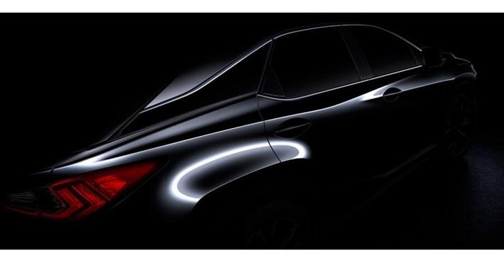 внедорожник Lexus RX