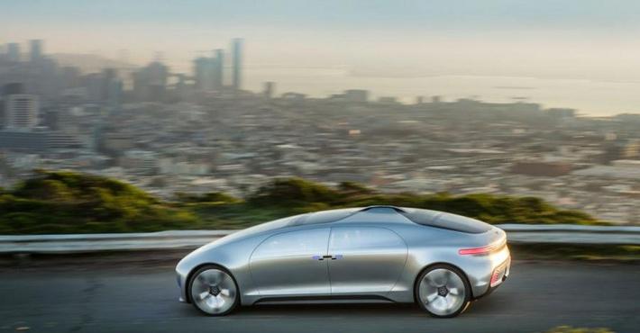 концепт Mercedes-Benz F015