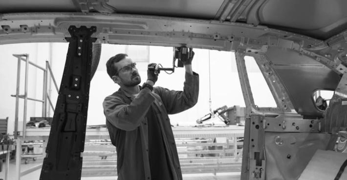Роллс Ройс Phantom построят наалюминиевой «тележке»
