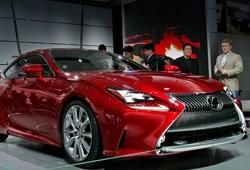 купе Lexus RC