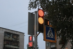 сверхтонкий светофор